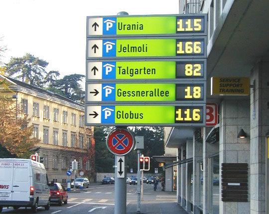 Parkleitsystem mit LCD-Technik